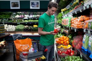 Instacart-Personal-Shopper-Shops-For-Groceries